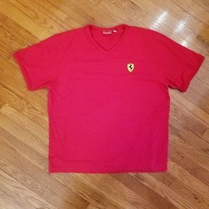 Ferrari F1 Team Men V-Neck T-shirt Red - size L